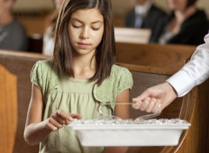 young-woman-partaking-sacrament_1179143_inl